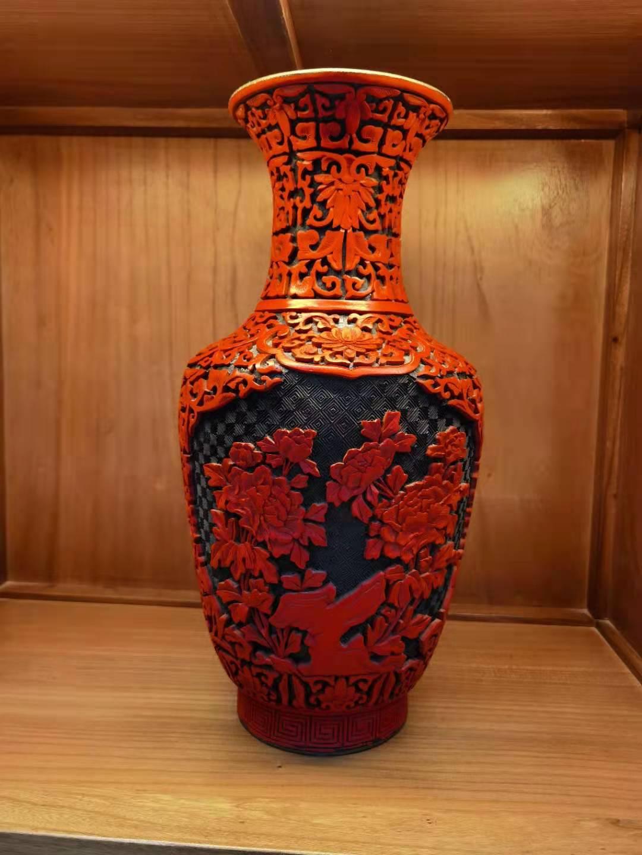 15寸雕漆瓶